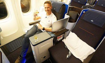 KLM neue World Business Class Boeing 777-200 JNB-AMS