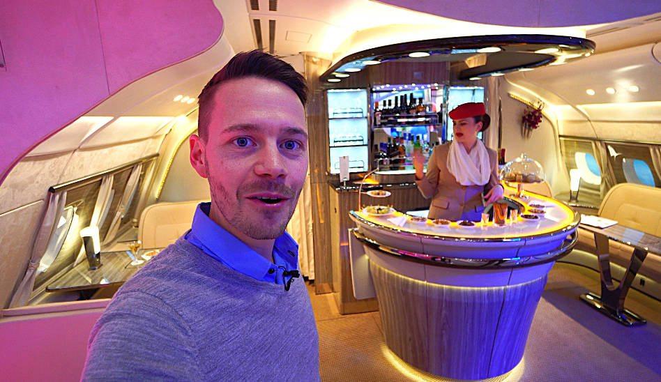 Emirates neue Onboard Lounge und Business Class auf der ITB Berlin