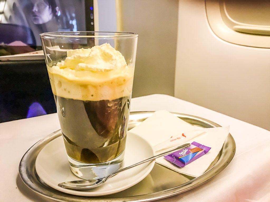 Austrian Kaffeehaus über den Wolken
