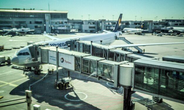 Lufthansa A330-300 Economy Class