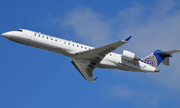 United Airlines Bombardier Regional Jet 700 Economy Class