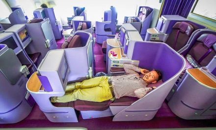 Thai Airways Royal Silk (Business Class) 777-300ER