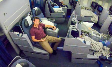 United Airlines Business Class (Polaris) 777-200ER