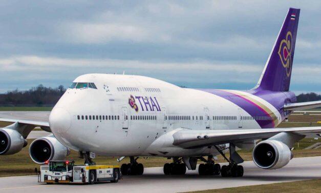 Thai 747-400 Economy von Bangkok nach Hongkong