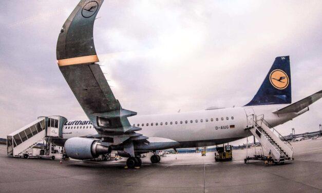 Lufthansa A320 Economy Tripreport FRA-TUN
