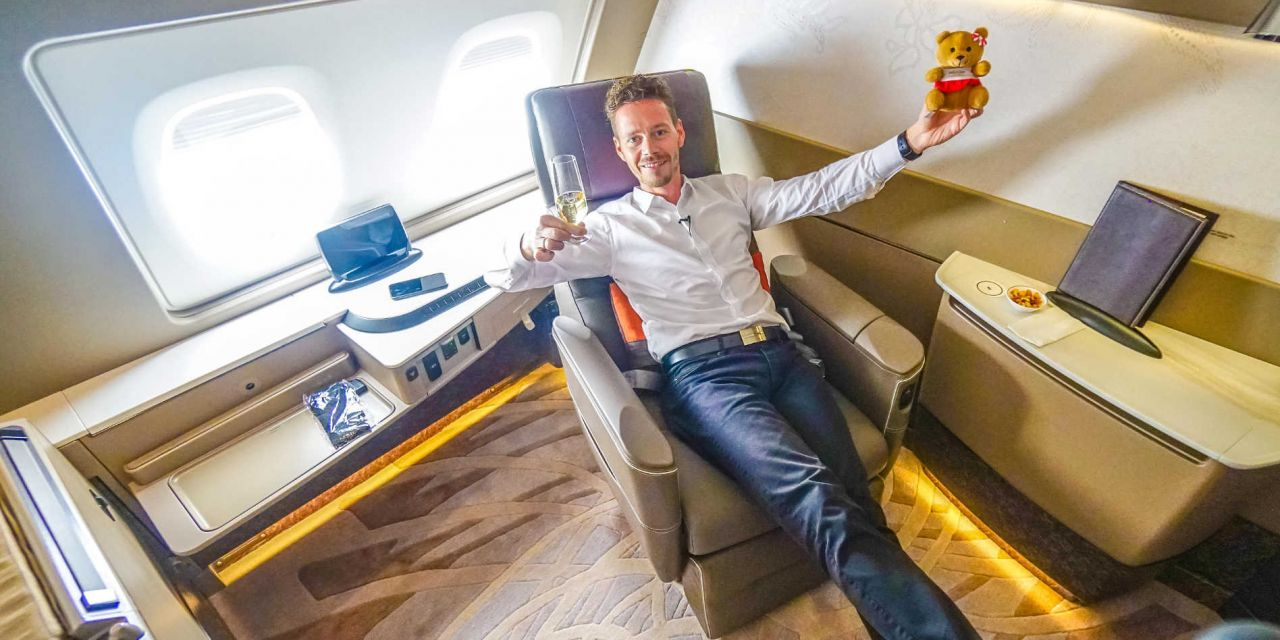 Singapore Airlines First Class Suites A380 SIN-HKG