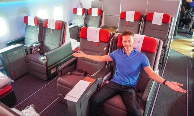 LATAM Airlines Business Class A350 BCN-GRU