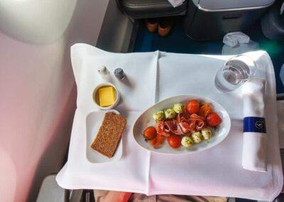 Lufthansa-Business-Class-A350-5