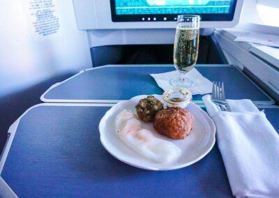 Hongkong-Airlines-Business-Class-4