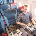 Als Zubringer: Air Serbia Business Class in deren A319