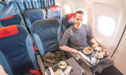 Als Zubringer: Air Serbia Business Class in deren A319