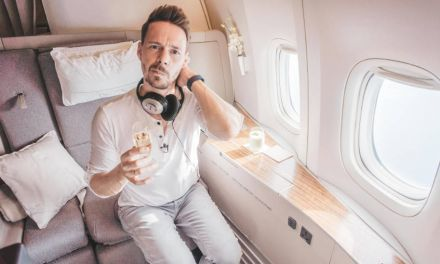 Cathay Pacific DOWNGRADE! Business in First Class