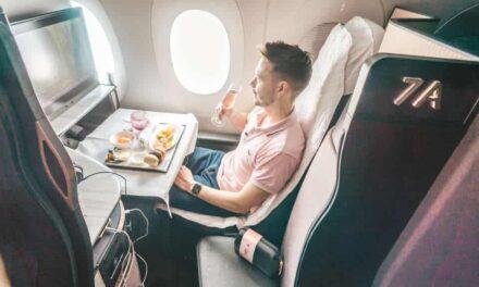 15 Stunden Qatar Qsuite mit Corona Einschränkungen